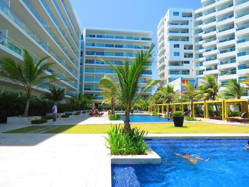 hotelové bazény