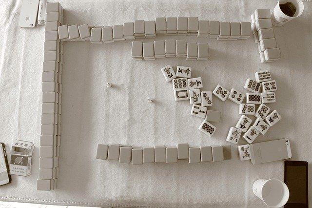 hra mahjong