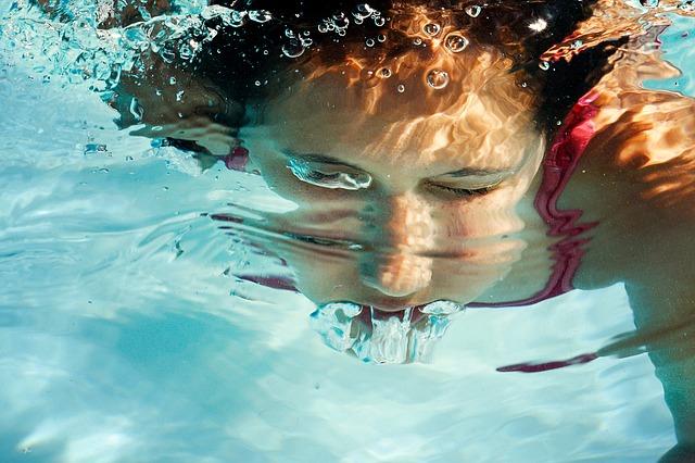 potopený obličej
