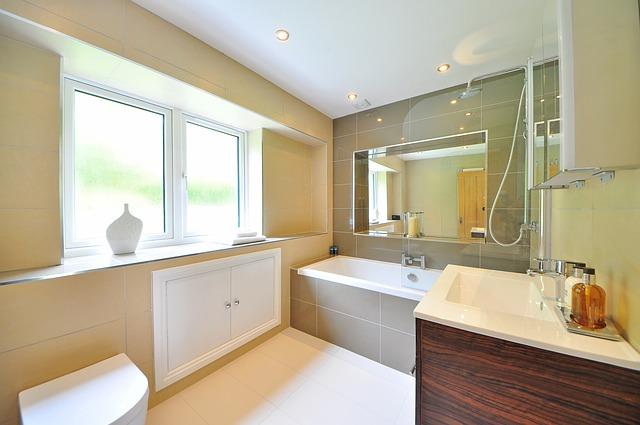 luxusní koupelna domu