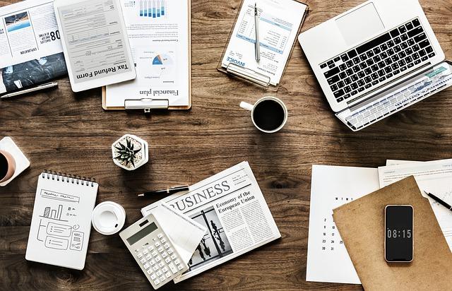 bordel na stole podnikatele